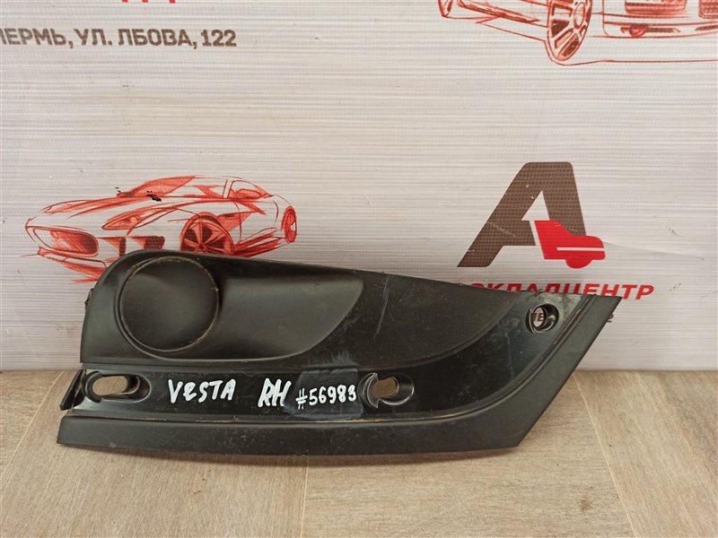 Заглушка противотуманной фары Lada Vesta