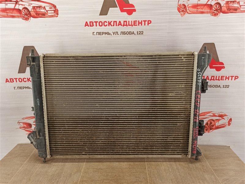 Радиатор охлаждения двигателя Kia Ceed (2012-2018)