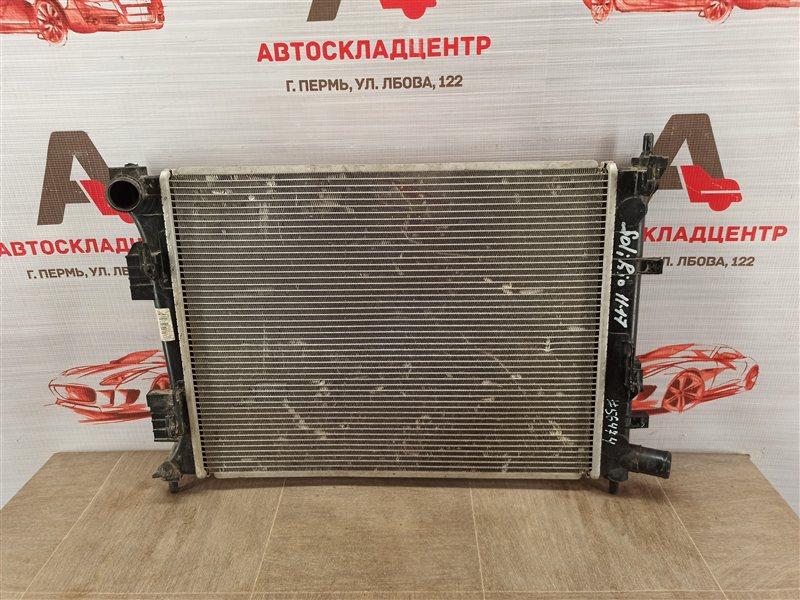 Радиатор охлаждения двигателя Kia Rio (2011-2017)