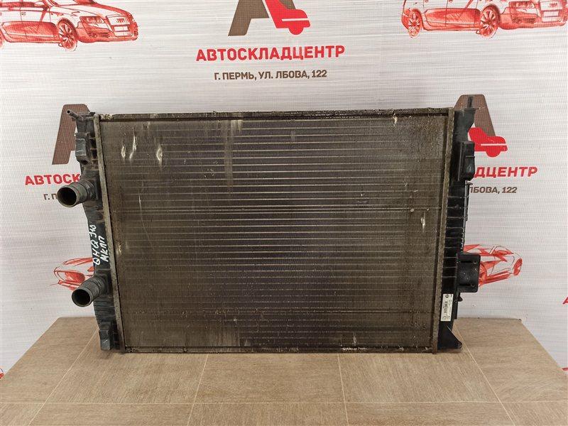 Радиатор охлаждения двигателя Nissan Qashqai (2006-2013)