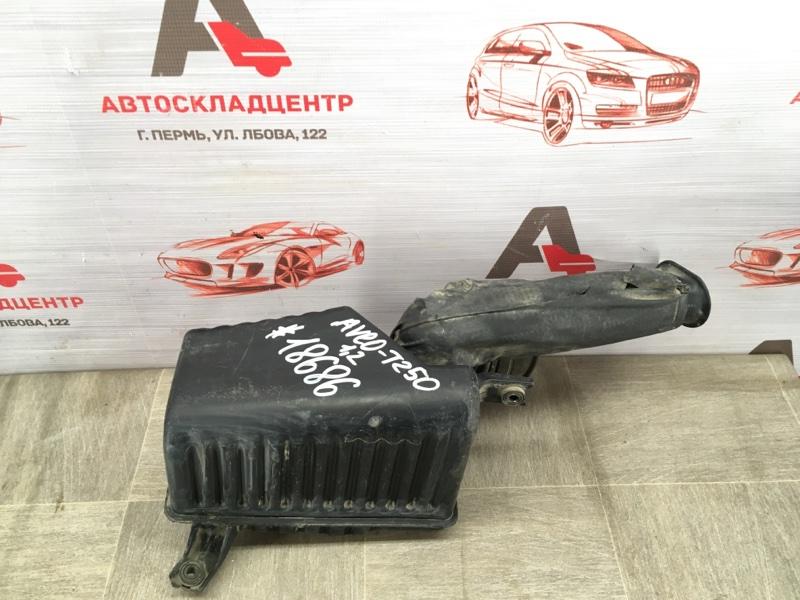 Воздуховод - воздушный ресивер (резонатор) Chevrolet Aveo 2002-2011