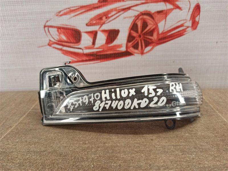 Фонарь - повторитель указателя поворота. Toyota Hilux (2015-Н.в.) левый