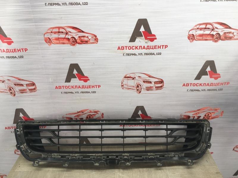 Решетка бампера переднего Citroen C4 2010-Н.в. 2013