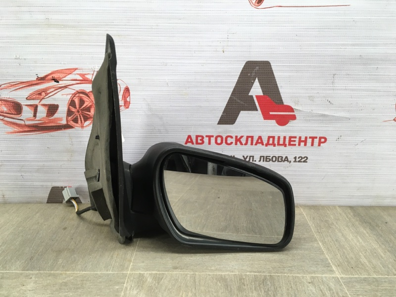 Зеркало правое Ford Fiesta 2001-2008