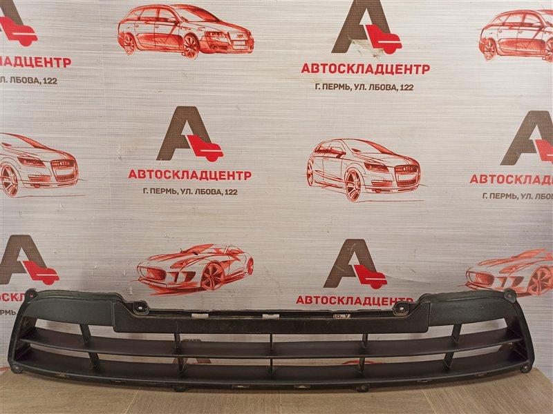 Решетка бампера переднего Lada Granta 2013