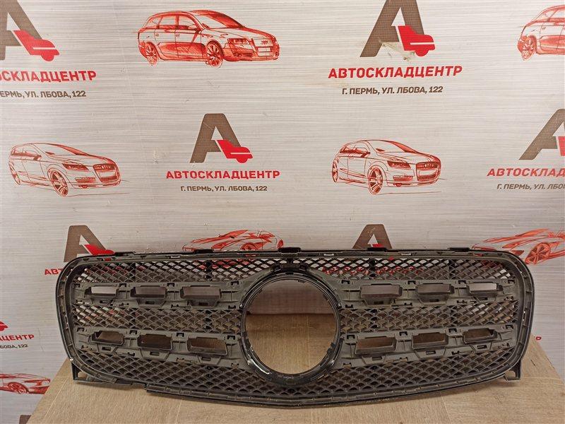 Решетка радиатора Mercedes Gla-Klasse (W156) 2013-2020