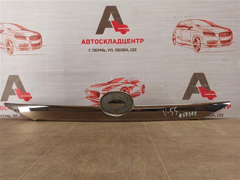 Ручка (молдинг) крышки багажника Toyota Camry (Xv50) 2011-2017 2011