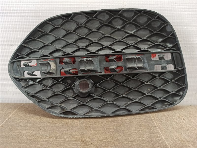Решетка бампера переднего Mercedes Gle Coupe (W292) 2014-Н.в. левая