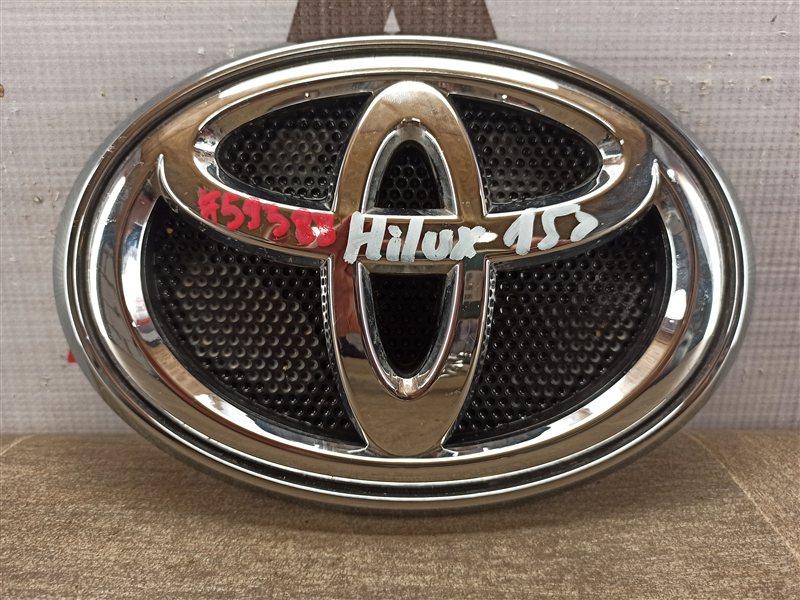 Эмблема (значок) Toyota Hilux (2015-Н.в.)