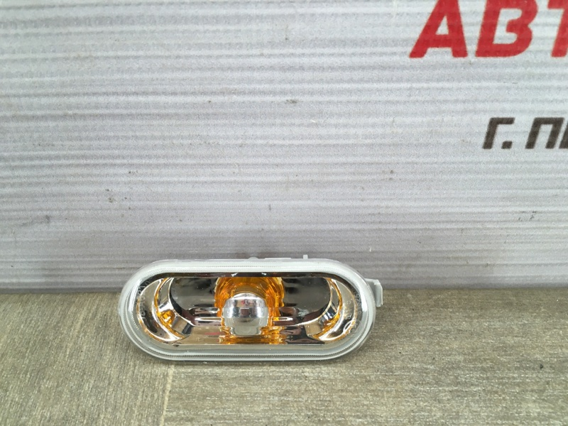 Фонарь - повторитель указателя поворота. Volkswagen Polo (Mk5) Седан 2010-2020