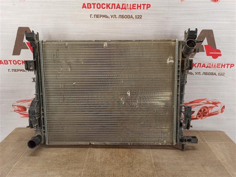 Радиатор охлаждения двигателя Lada Vesta