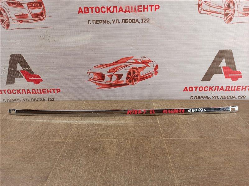 Молдинг бампера Opel Astra - J (2009-2015) 2012 задний