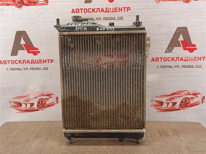 Радиатор охлаждения двигателя Hyundai Getz (2002-2011)