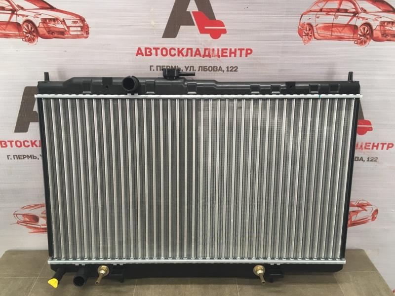 Радиатор охлаждения двигателя Nissan Almera (2006-2012) Classic