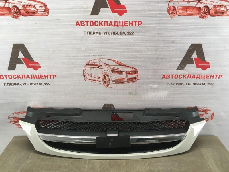 Решетка радиатора Chevrolet Lacetti