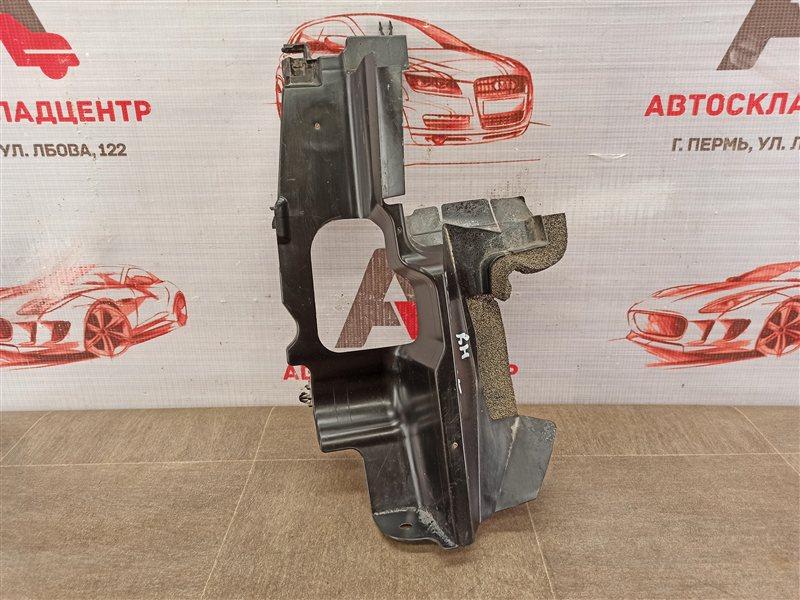 Дефлектор воздушного потока основного радиатора Toyota Rav-4 (Xa40) 2012-2019 2015 правый