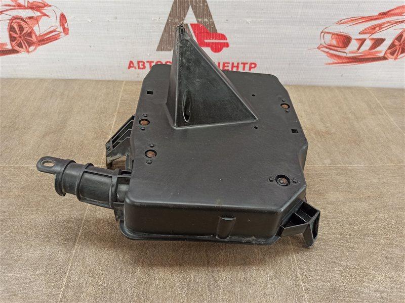 Электрика - блок предохранителей (корпус) Ford Focus 3 2010-2019