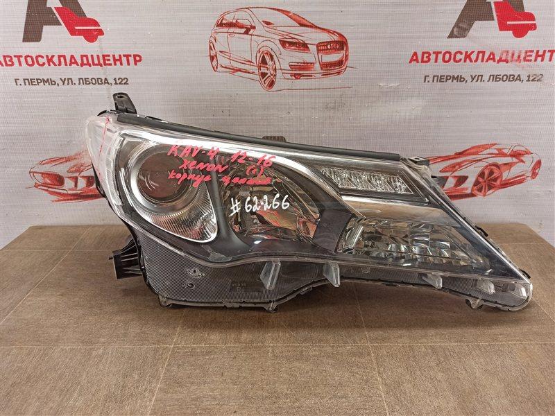 Фара правая Toyota Rav-4 (Xa40) 2012-2019 2012