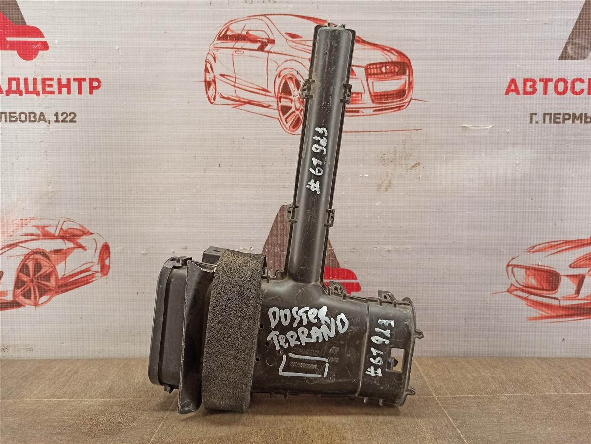 Воздухозаборник - патрубок системы впуска воздуха Nissan Terrano (2014-Н.в.)