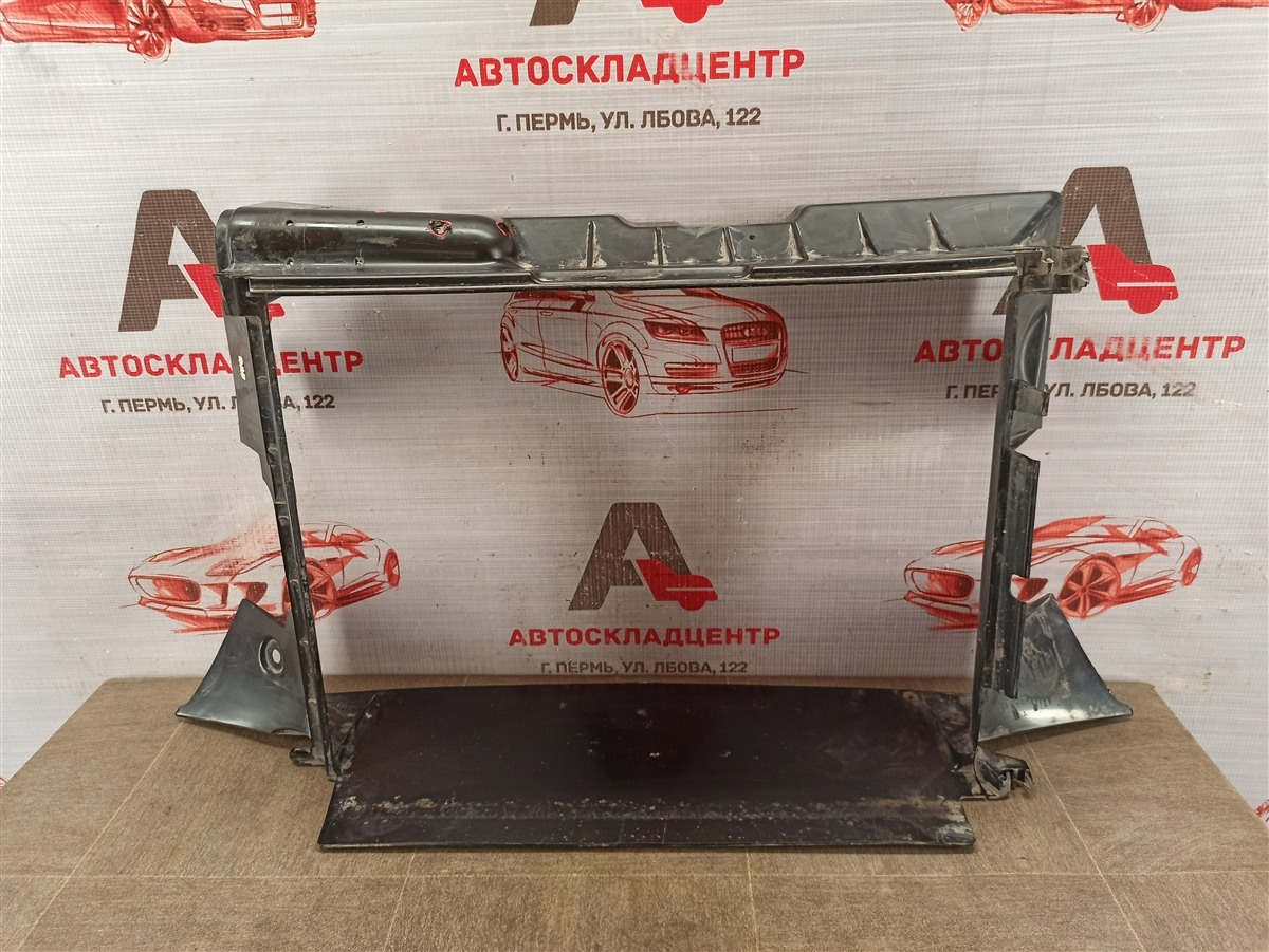 Дефлектор воздушного потока основного радиатора Lada Vesta