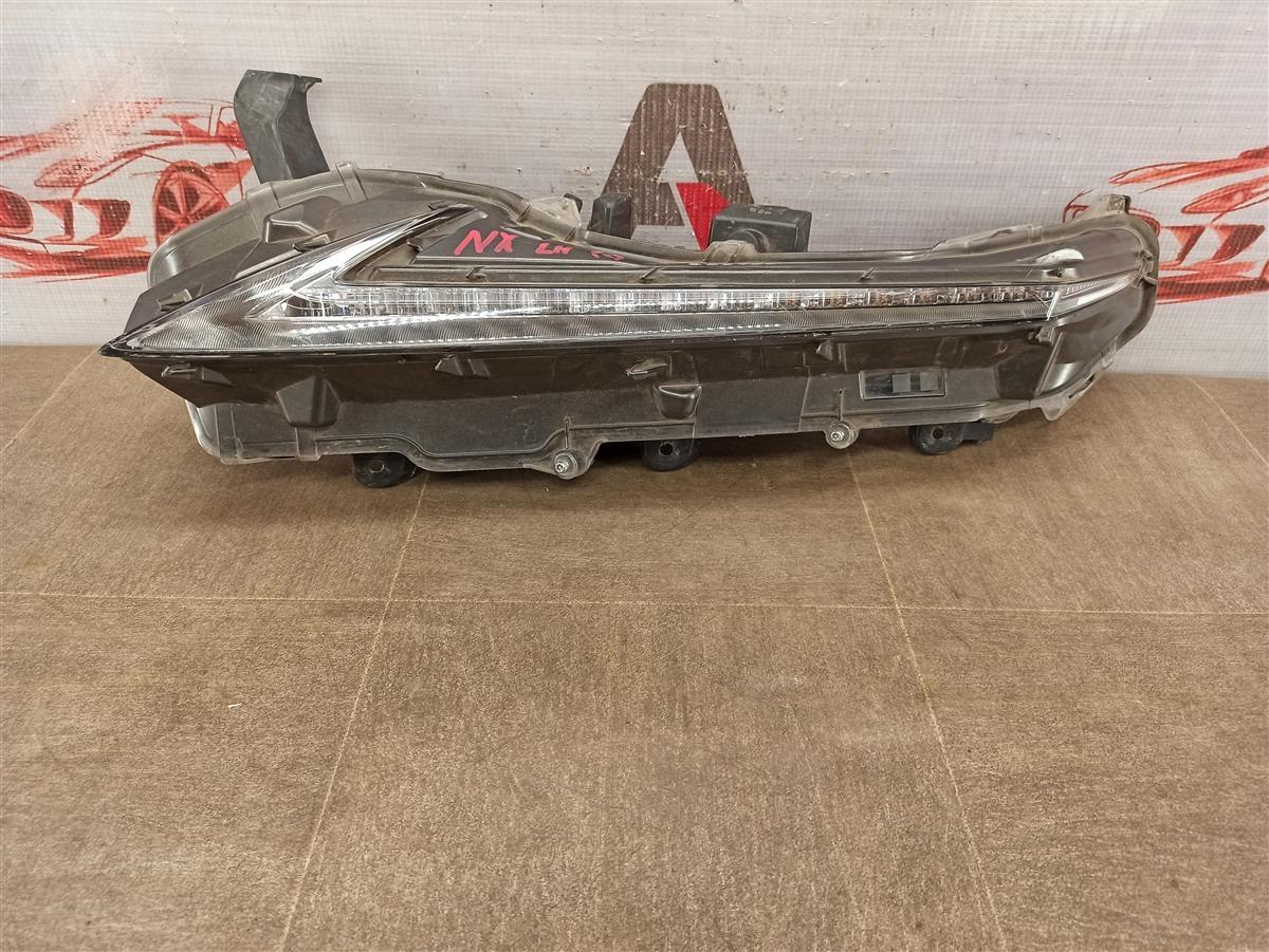 Фара - габаритный огонь Lexus Nx -Series 2014-Н.в. левая