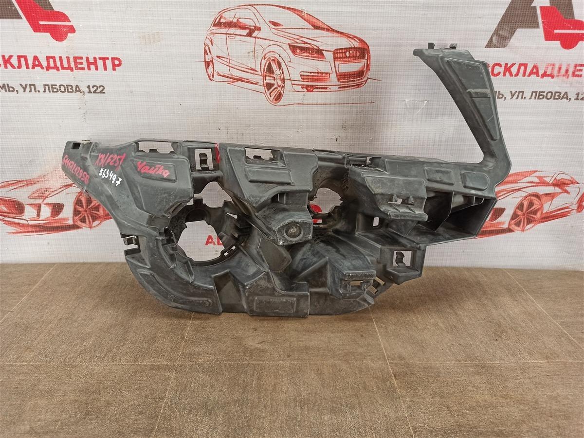 Кронштейн бампера переднего боковой Bmw X3-Series (F25) 2010-2017 2010 правый