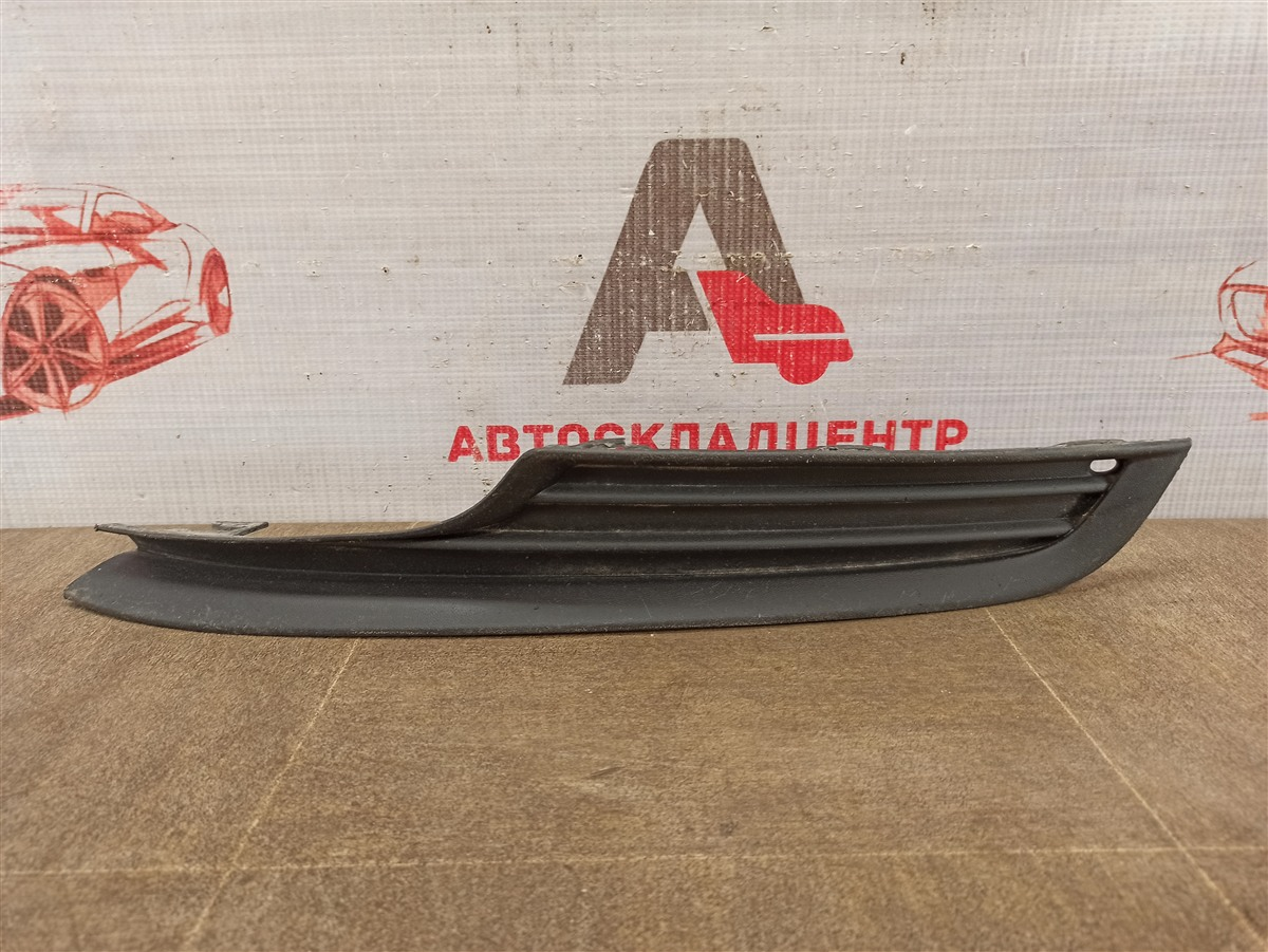 Решетка бампера переднего Volkswagen Golf (Mk7) 2012-2019 левая