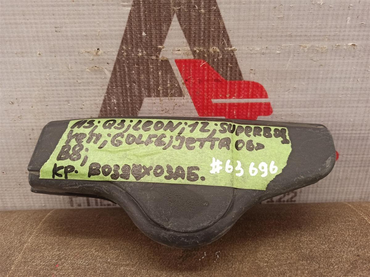 Воздухозаборник - патрубок системы впуска воздуха Audi A3 (2003-2013)