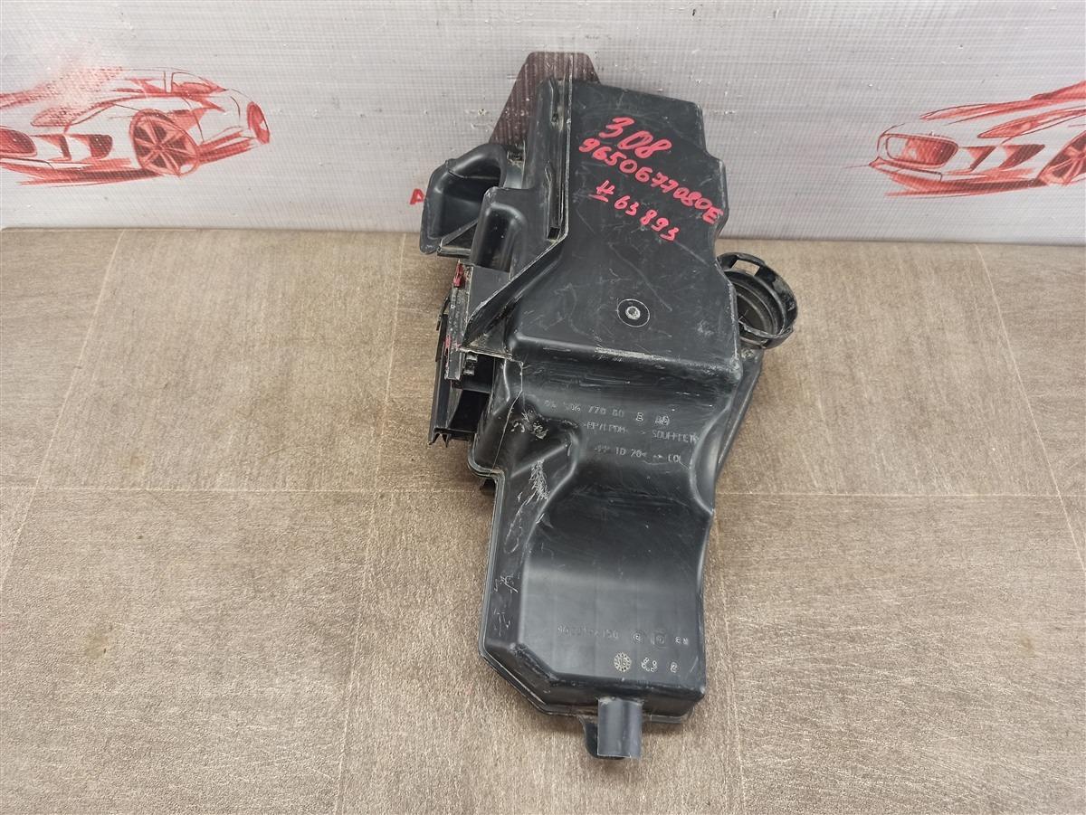 Воздуховод - воздушный ресивер (резонатор) Peugeot 206 (1998-2009)