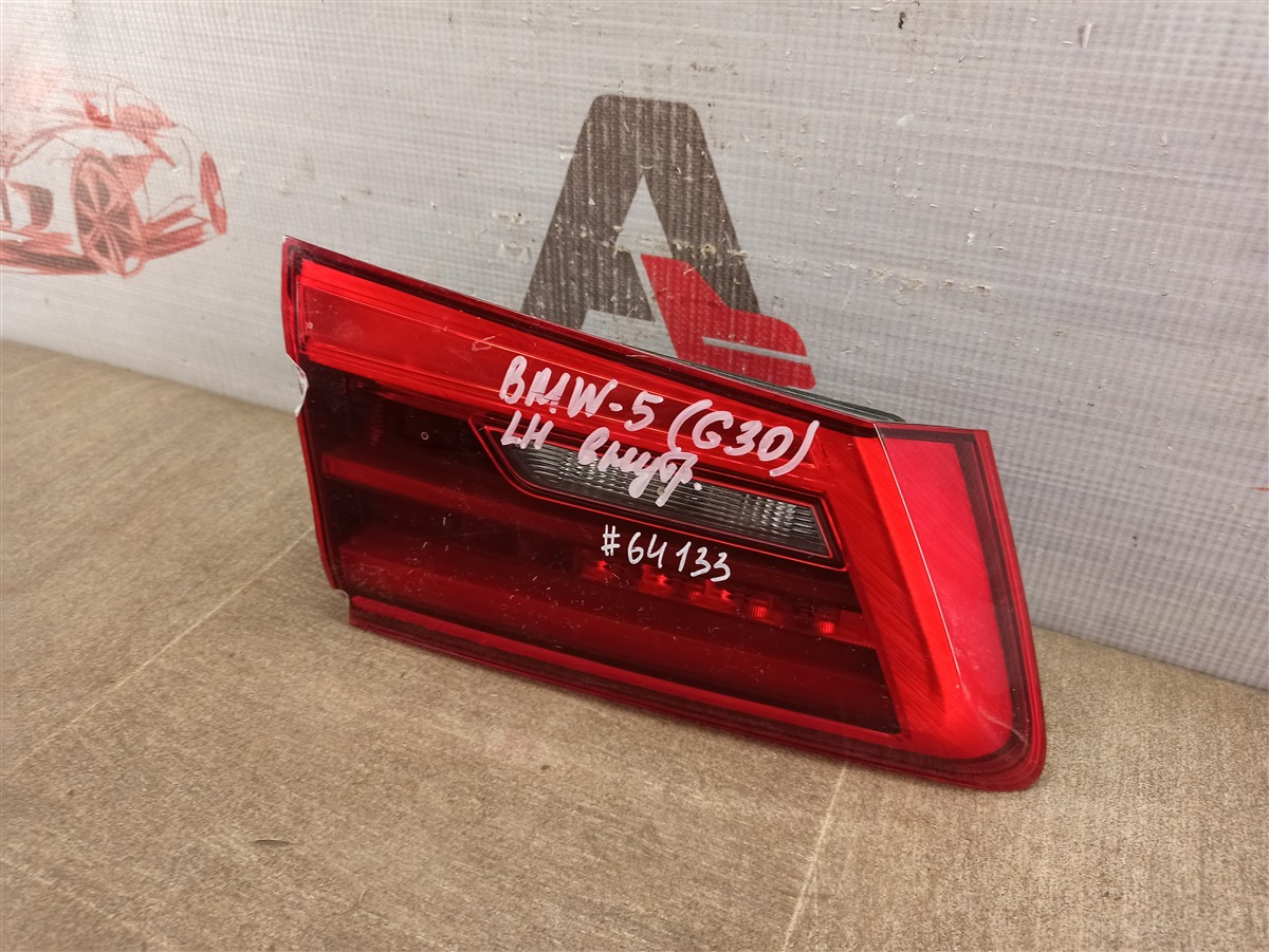 Фонарь левый - вставка в дверь / крышку багажника Bmw 5-Series (G30) 2016-Н.в.