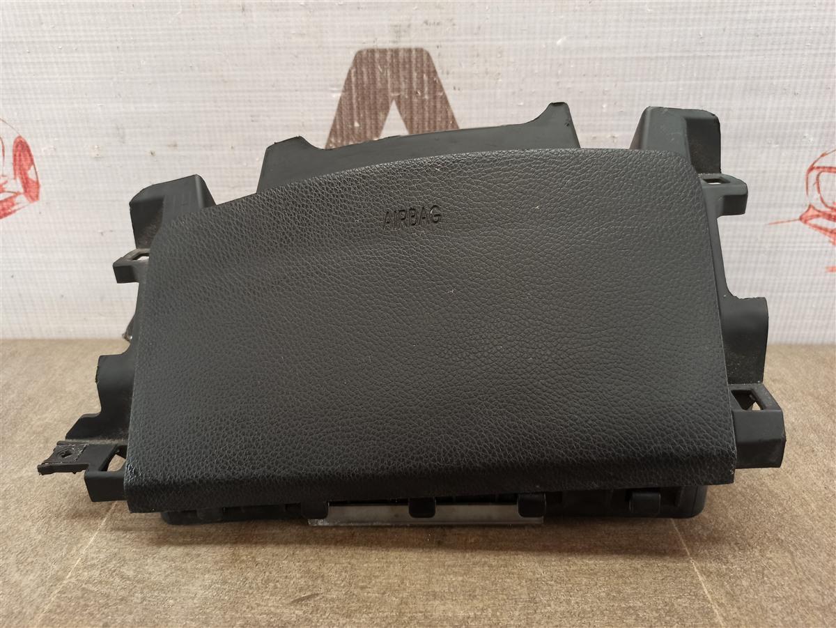 Подушка безопасности (airbag) - колени водителя Hyundai I40 (2011-2017)