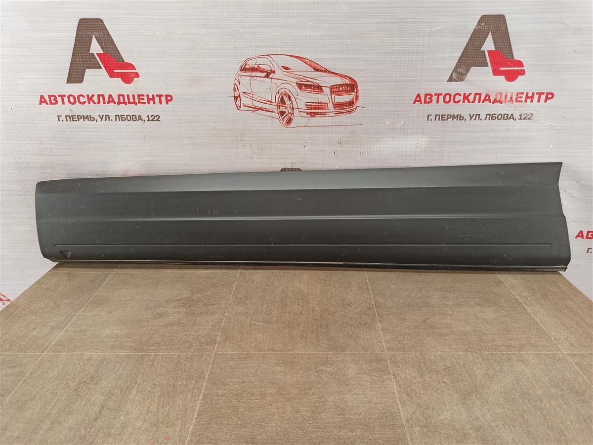 Накладка двери передней левой Volkswagen Tiguan (2007-2017)
