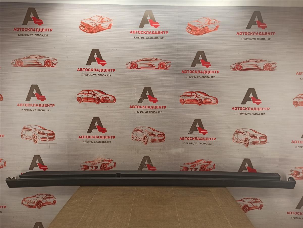 Накладка порога кузова - наружная облицовка Nissan Almera (2012-2019) правая