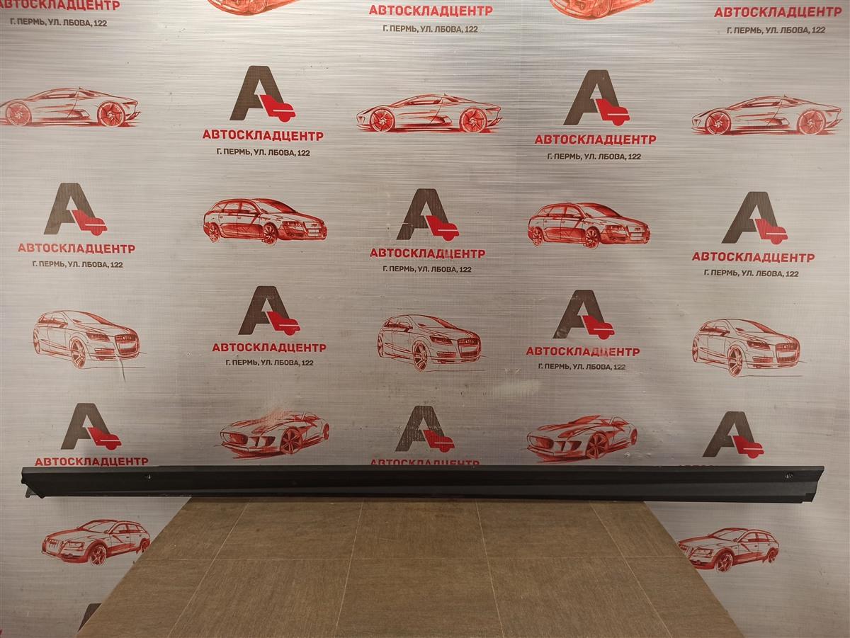 Накладка порога кузова - наружная облицовка Toyota Rav-4 (Xa50) 2018-Н.в. правая