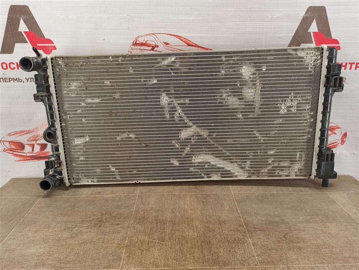 Радиатор охлаждения двигателя Volkswagen Polo (Mk5) Седан 2010-2020