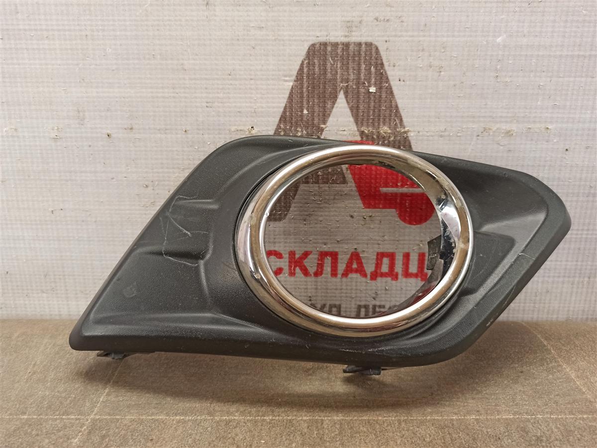 Накладка противотуманной фары / ходового огня Nissan X-Trail (2014-Н.в.) 2014 правая