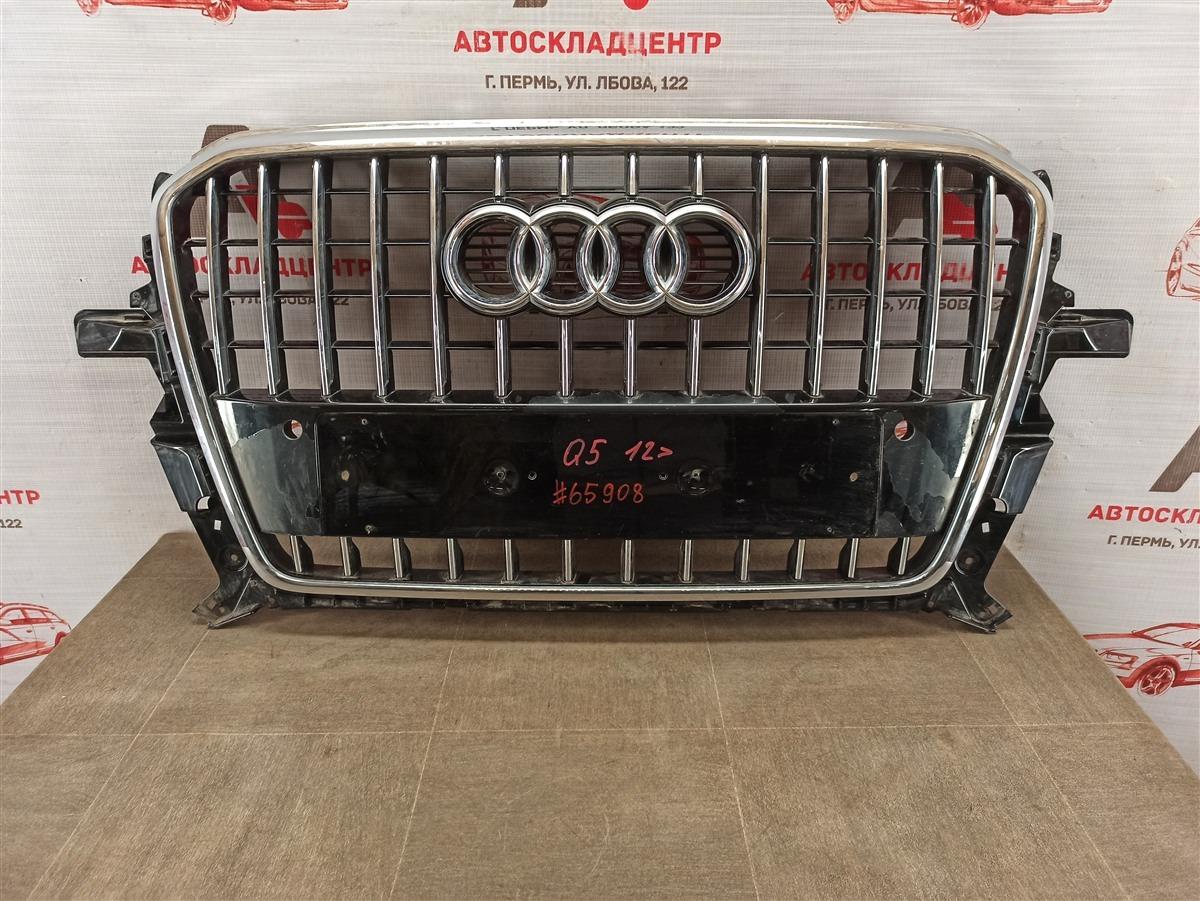 Решетка радиатора Audi Q5 (2008-2017) 2012