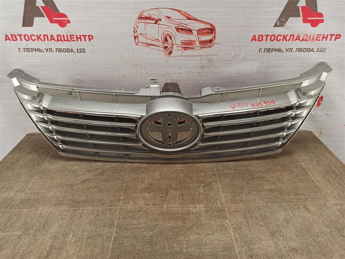 Решетка радиатора Toyota Camry (Xv50) 2011-2017 2011
