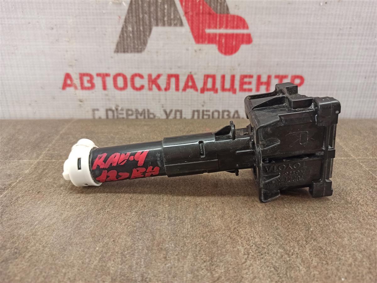 Форсунка омывателя фары Toyota Rav-4 (Xa40) 2012-2019 правая