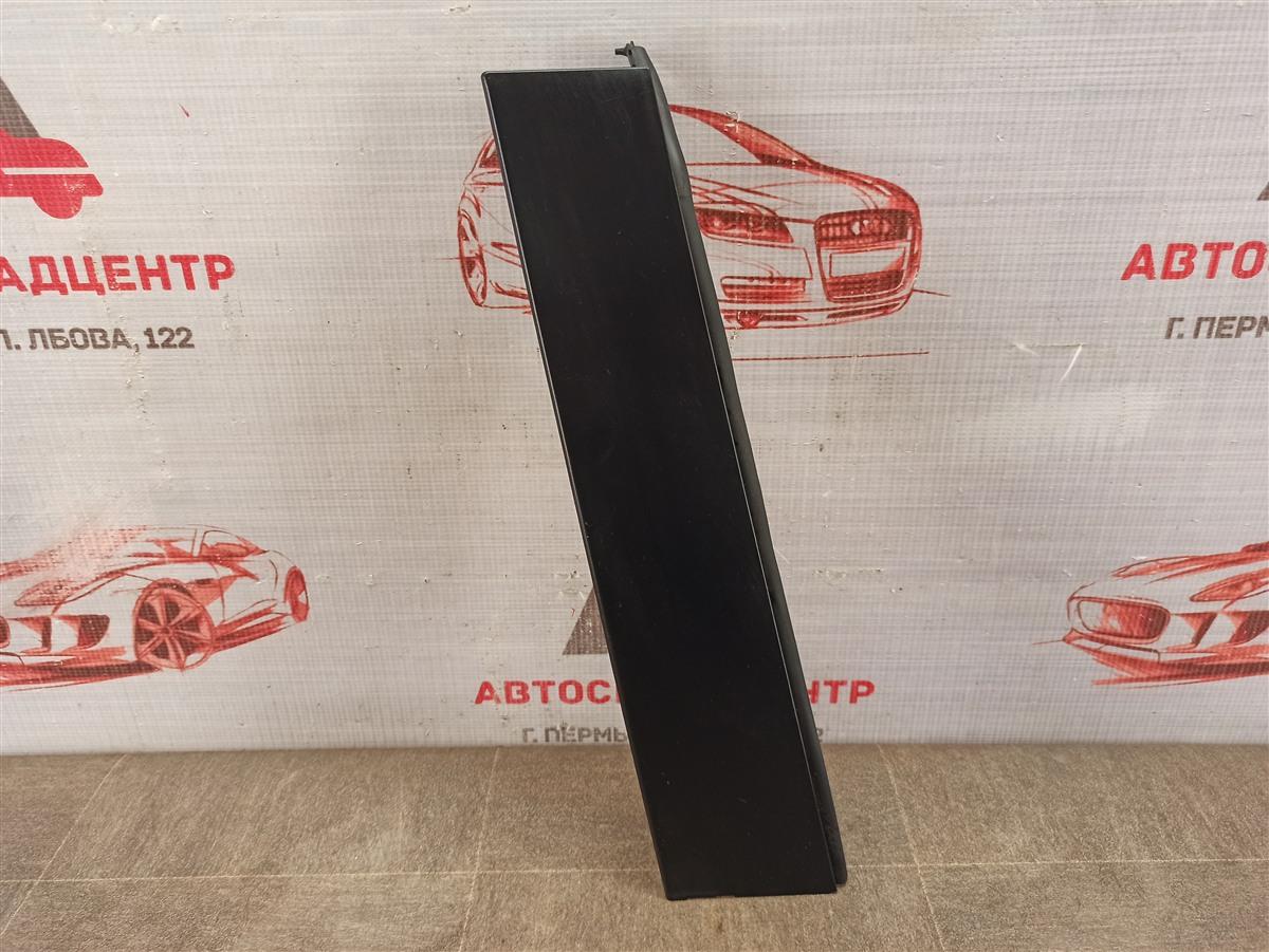 Накладка рамки двери Toyota Rav-4 (Xa50) 2018-Н.в. задняя правая