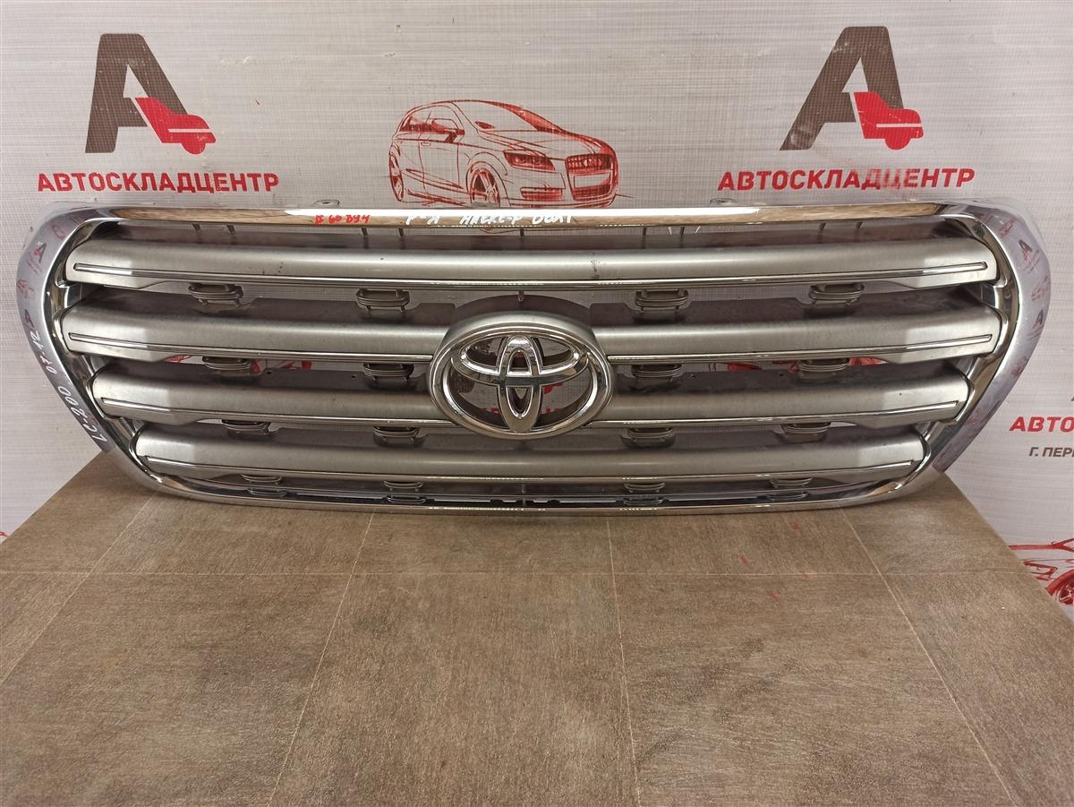 Решетка радиатора Toyota Land Cruiser 200 (2007-Н.в.) 2007