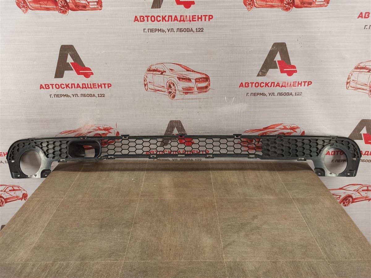 Решетка бампера переднего Chevrolet Niva 2009