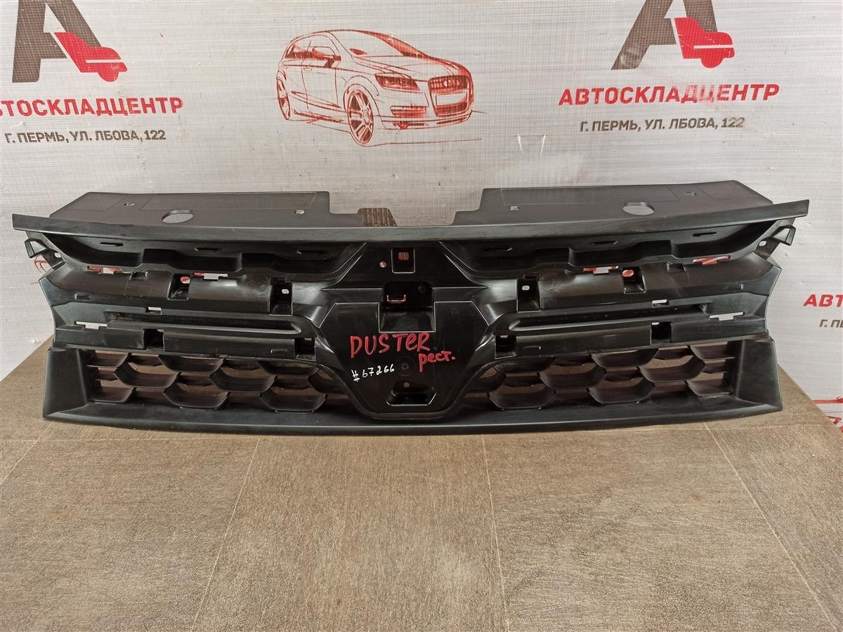 Решетка радиатора - каркас Renault Duster (2010-Н.в.) 2015