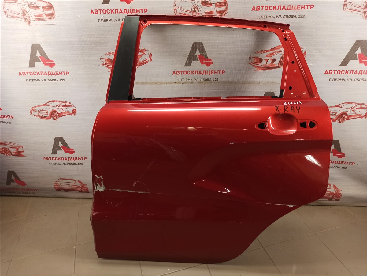 Дверь задняя левая Lada X-Ray
