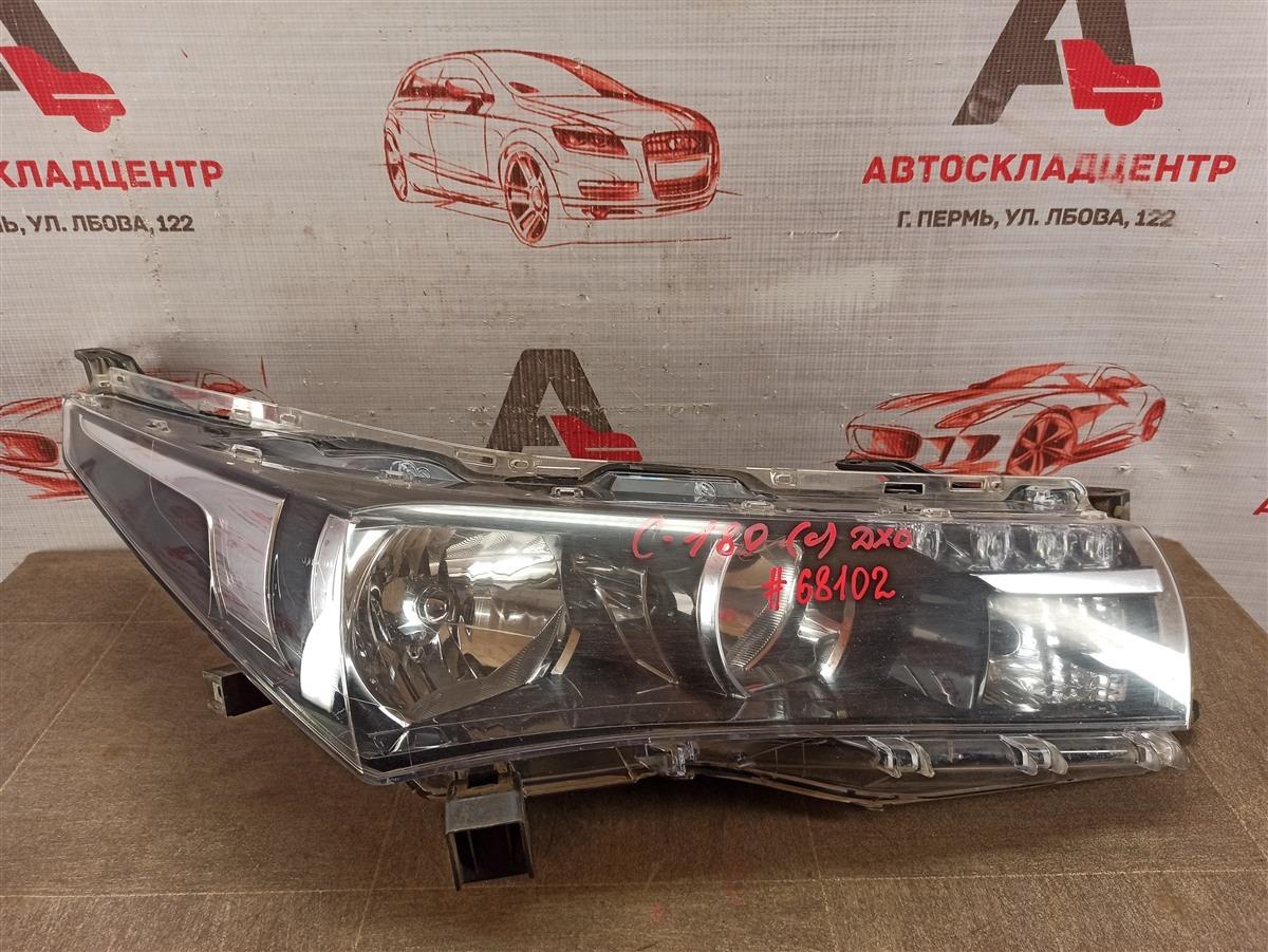 Фара правая Toyota Corolla (E18_) 2012-2019 2012
