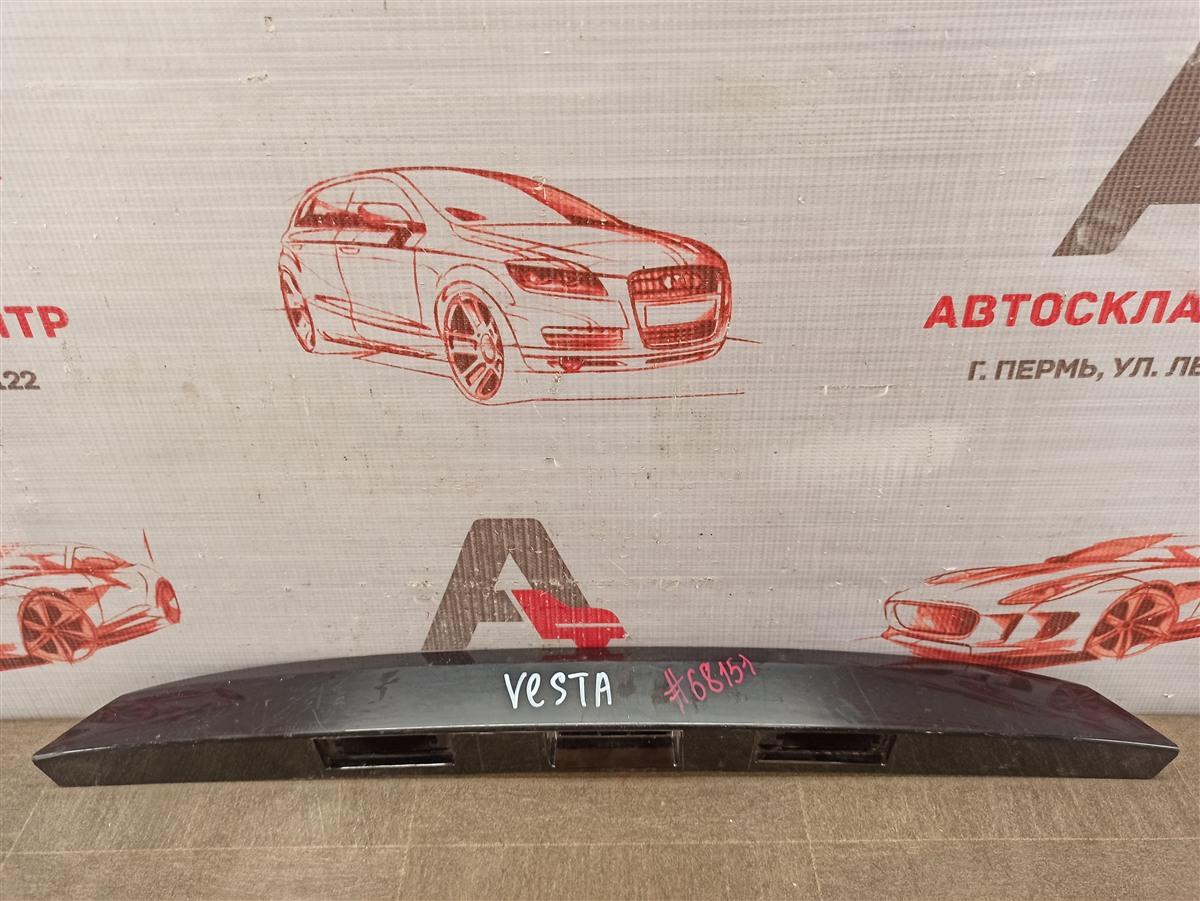 Ручка (молдинг) двери багажника Lada Vesta