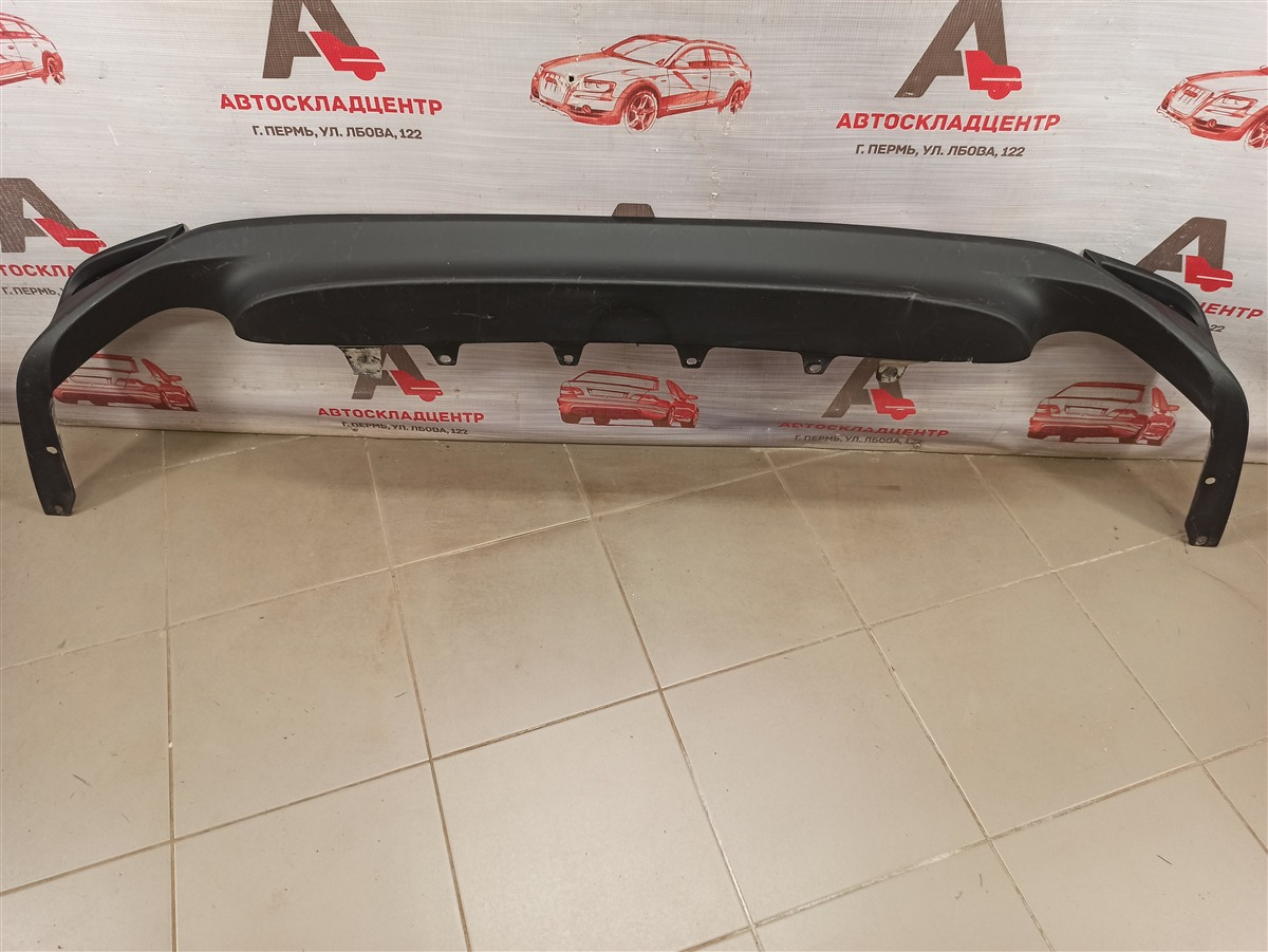 Спойлер (накладка) бампера заднего Toyota Camry (Xv70) 2017-Н.в.