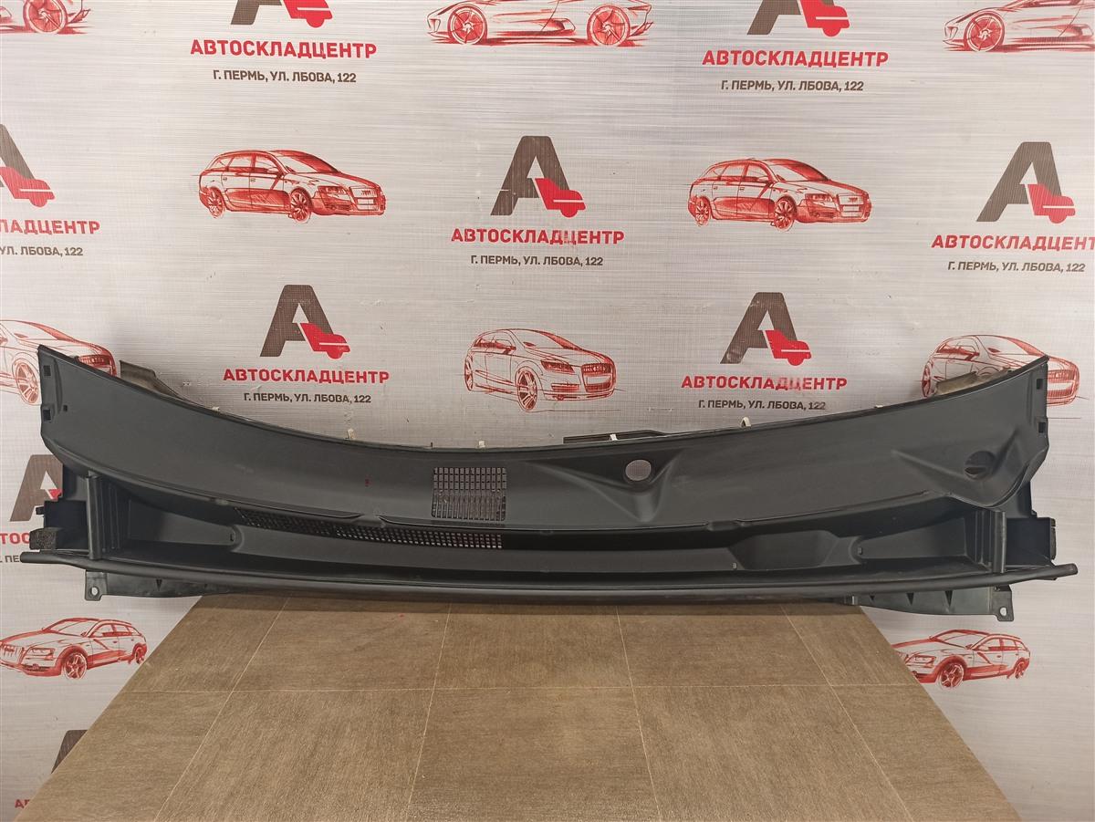 Накладка ветрового стекла (жабо) Toyota Highlander (Xu50) 2013-Н.в.
