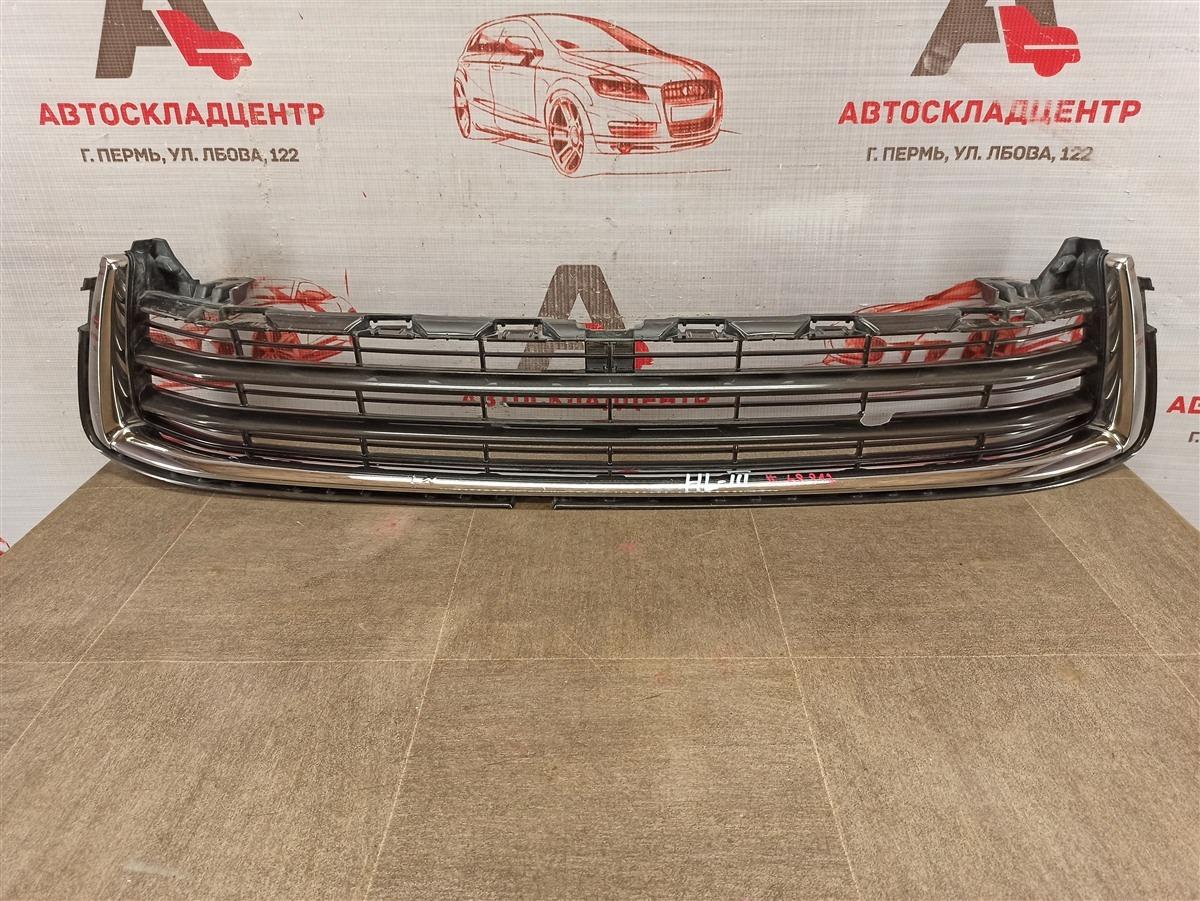 Решетка бампера переднего Toyota Highlander (Xu50) 2013-Н.в. нижняя