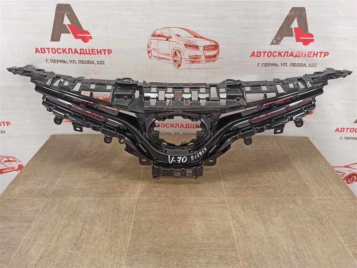 Решетка радиатора Toyota Camry (Xv70) 2017-Н.в.